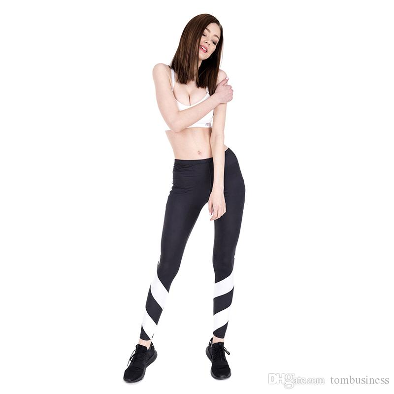 2377bec8db Compre Mulher Leggings Treino Branco Setas 3D Impressão Digital Completa Calças  Esportivas Senhora Treino Yoga Calças Meninas Comprimento Total De Jeggings  ...