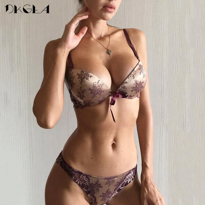 e2704e9dc33a 2019 Luxury Printing Underwear Set Women Bow Fashion Red Push Up Bra  Panties Sets Sexy Lingerie Embroidery Lace Bra Set Cotton Thick From  Beltloop, ...