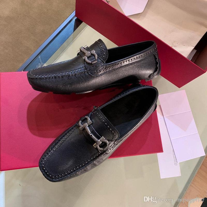 Soft Leather men leisure dress shoe part gift doug shoes Metal Buckle Slip-on Famous brand man lazy falts Loafers Zapatos Hombre beads 38-45