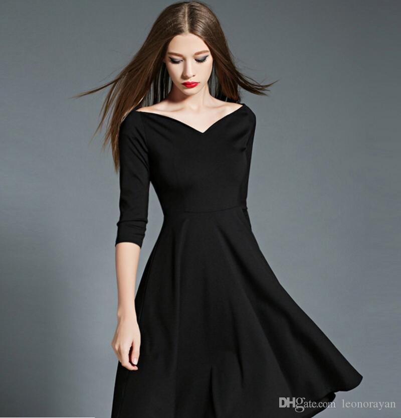 2ade42ecd8f Маленькое черное платье Европа и Соединенные Штаты 2018 осень и зима новое  женское слово воротник большой качели платье платье юбка