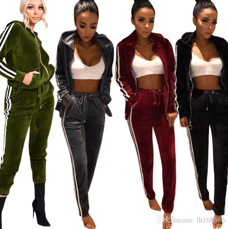 Super Rabatt Shop für neueste modischer Stil Der zweiteilige zweiteilige Gold-Samt-Sportanzug für Frauen im Herbst und  Winter 2018 ist in vier Farben erhältlich