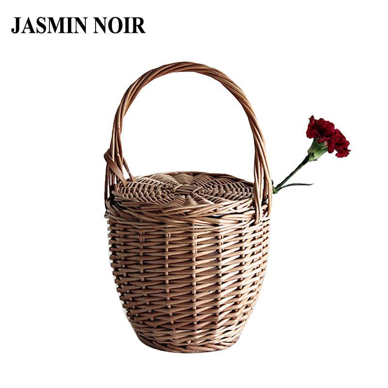 bcaefb3e61 Fashion 2018 Summer New Women Beach Basket Straw Hand Bag Cover Handbag  Wicker Handmade Small Woven Bohemia Tote Travel Clutch D19011204 Satchel  Handbags ...