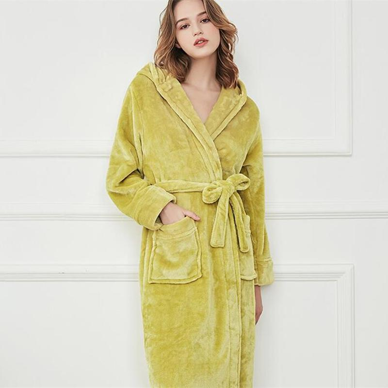 06f11b915a16c6 Inverno Robe Vestes De Veludo Feminino Longo Mulheres Robes Robes Elegante  Tornozelo-Comprimento Robe Senhoras Bege Com Capuz senhoras Roupão de ...