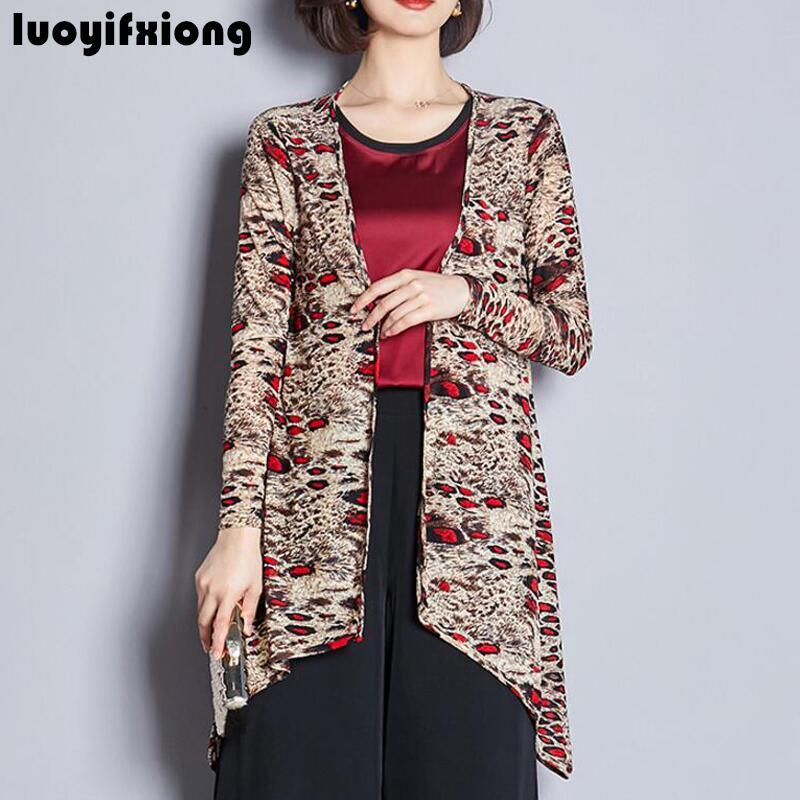 e049e08382d9c Compre 2019 Nuevo Kimono Cardigan Chaqueta Suncreen De Verano Estampado  Coreano Blusa Entallada Para Mujer Blusa Suelta Leopard Tops Para Mujer A   27.4 Del ...