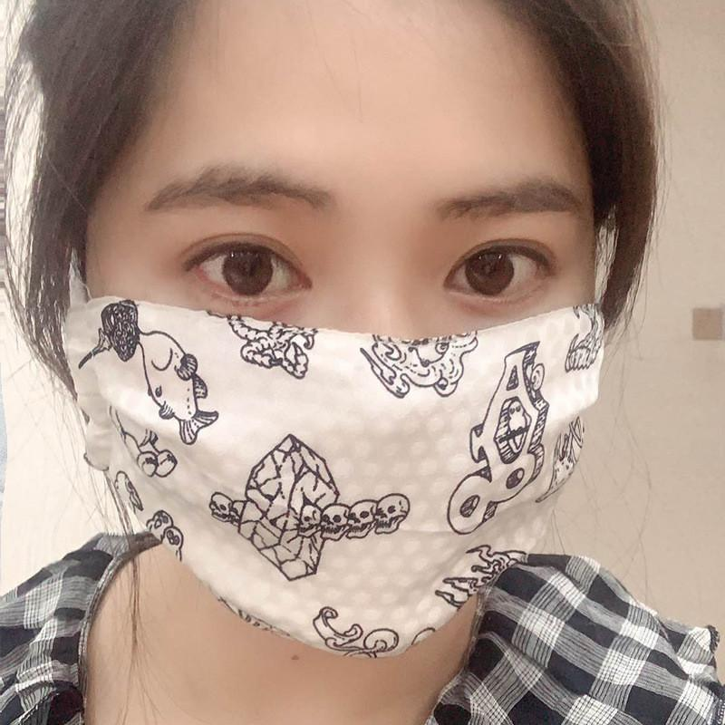 Fashion Silk Face Mask Floral Print Dustproof Sun-resistant Masks Women Summer Thin Mouth Muffle Soft Washable Breathable Face Mask