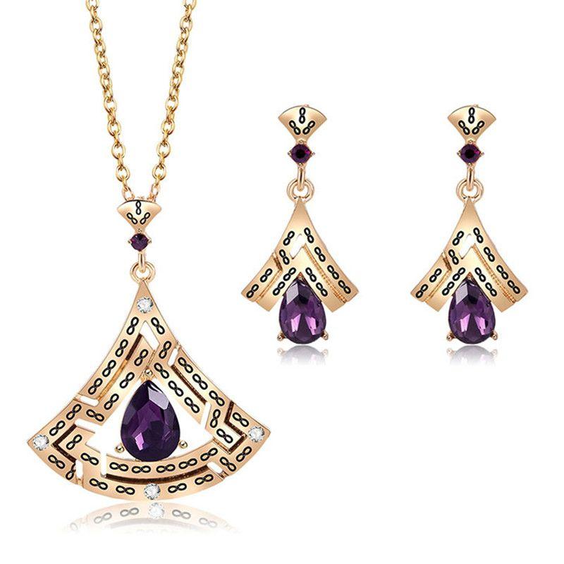 71342defc8f8 Compre El Mejor Regalo De Cumpleaños Diseño Elegante Austria Cristal Piedra  Púrpura Púrpura Sets Aretes Collares A  33.95 Del Exyingtao
