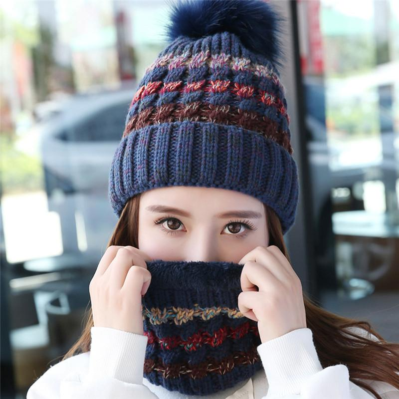 Compre 2 UNIDS Invierno Sombrero De Punto Beanie Cap Para Mujeres Niñas  Cálido Gorras Bufandas Rayas De Moda Hilo Grueso De Punto De Felpa Forro  Sombreros ... 226f7cfe84d3