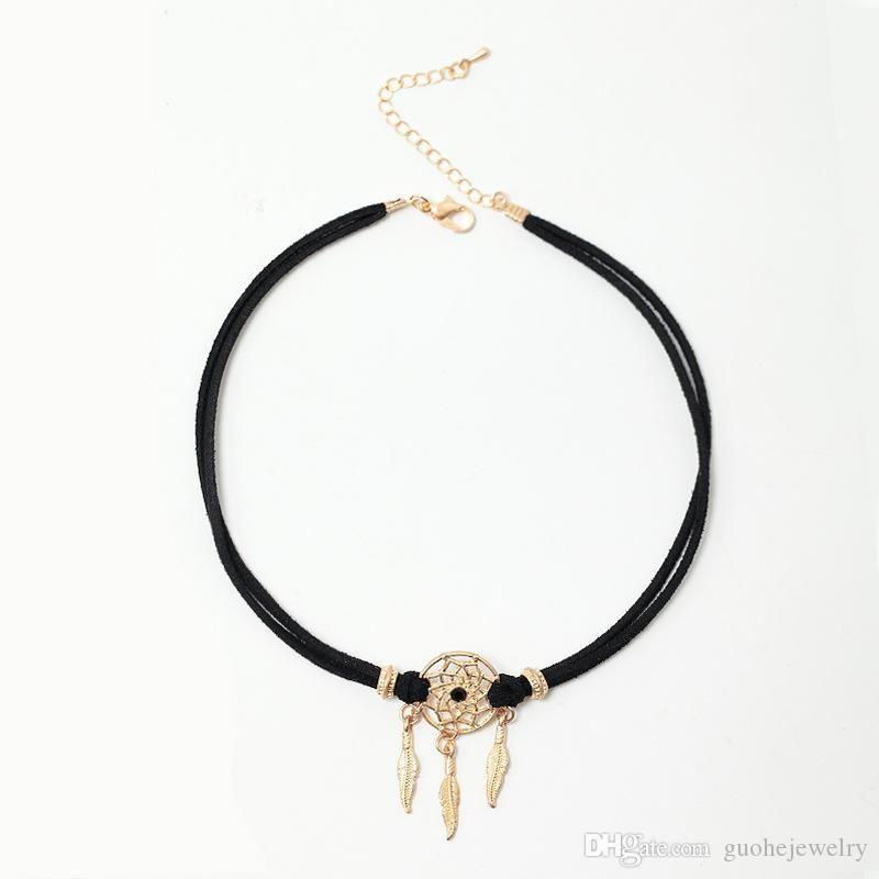 c73cb504bdf1 Compre Nuevo Diseño Gargantilla Collar Retro Atrapasueños Collar De  Clavícula Terciopelo Coreano Collar Corto A  1.31 Del Ywguohe