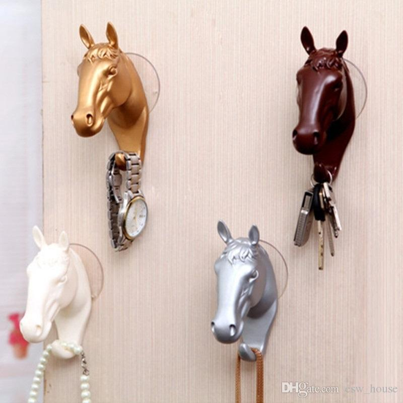 Ganci appesi a parete 3D Animal Retro testa di cavallo in resina Sucker Appendendo ganci Rack di stoccaggio Portachiavi Organizer Coat Hat Hanger Home Decor