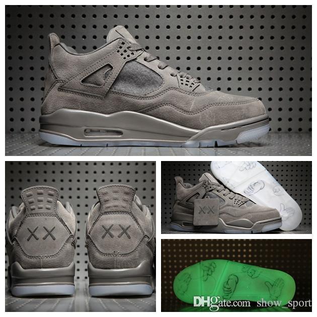 82f8c7d05281a5 Retro KAWS X 4s Glow In The Dark Cool Grey Suede 4 IV Mens Basketball  Schuhe