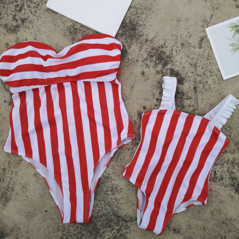 Mother Daughter Bath Swimsuits Family Look Mommy and Me Swimwear Clothes Stripe Bikini Mom and Daughter Dresses Matching Outfits
