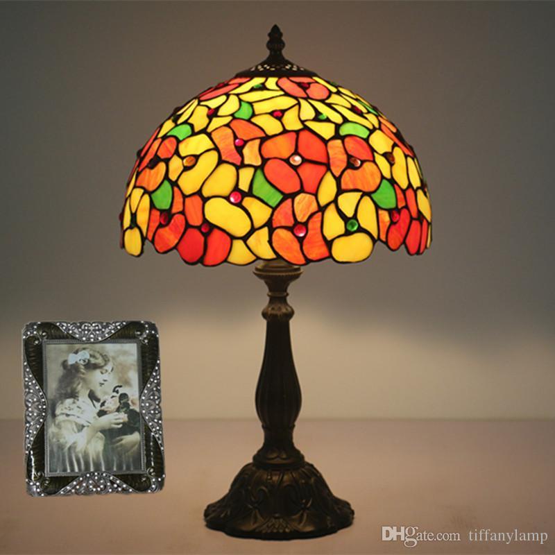 Paralumi In Vetro Per Lampade Da Tavolo.Acquista Lampada Da Tavolo Comodino In Vetro Colorato Con Paralume