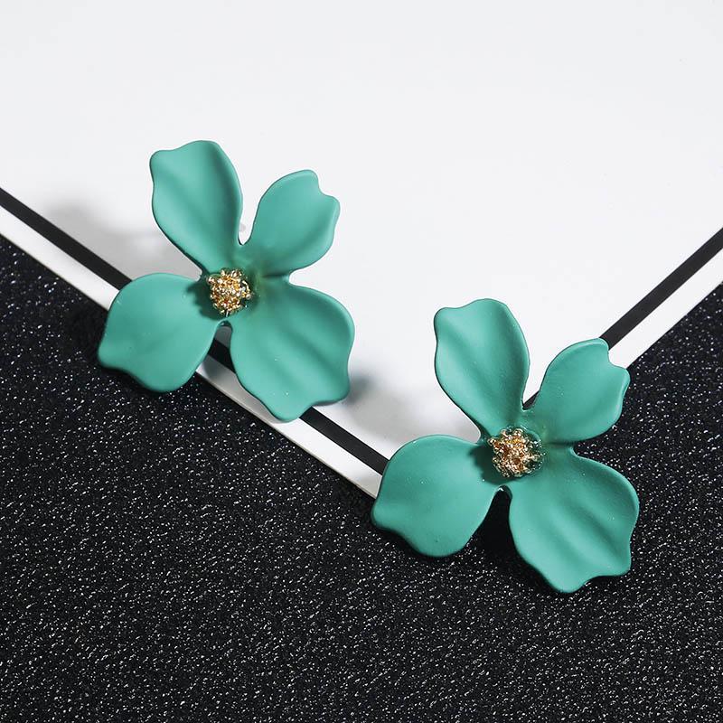 Koreli Stil Şirin Çiçek saplama Küpe Kadınlar İçin 2018 Yeni Moda Sweet Küpe Femme Brinco Toptan Takı