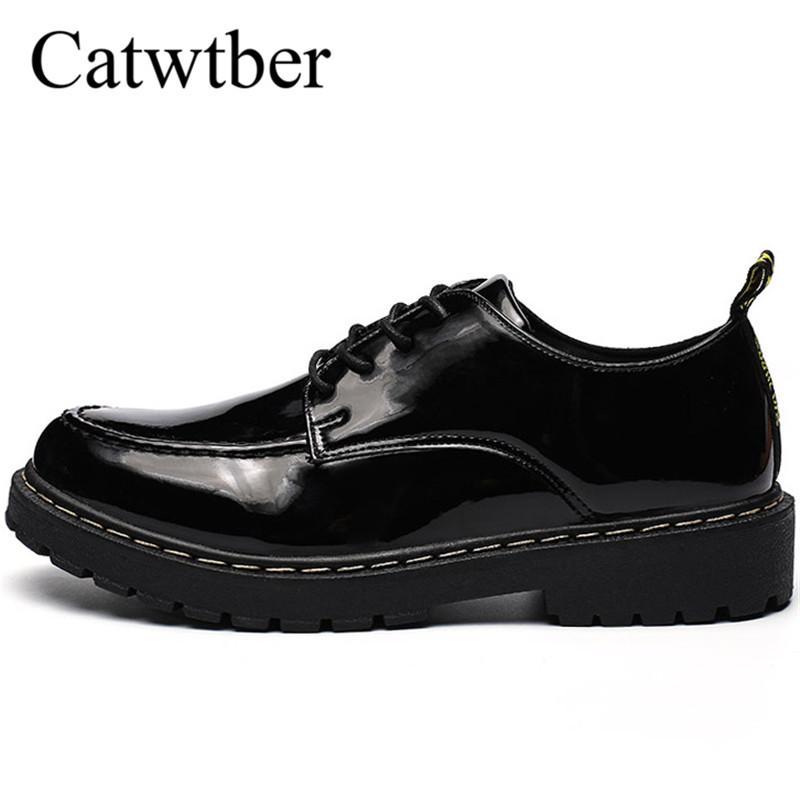 Acquista Catwtber British Vintage Vintage Men Dress Shoes Punta Rotonda  Casual Oxford In Pelle Scarpe Luxury Male Flats Fashion Scarpe Brogue A   49.22 Dal ... c8f912b5b82