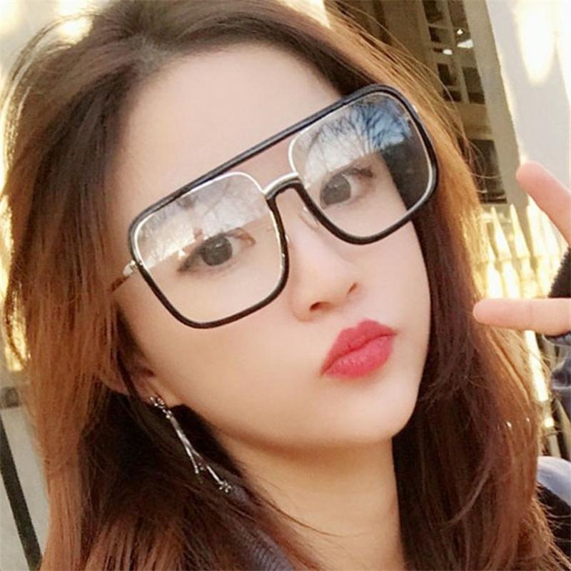 66a3b0f1b Compre 2019 Grandes Óculos De Armação Plana Óculos De Sol Mulheres Sexy /  Homens Marca Moldura Do Vintage Matiz Espelho Vermelho Lente Barato Óculos  De Sol ...