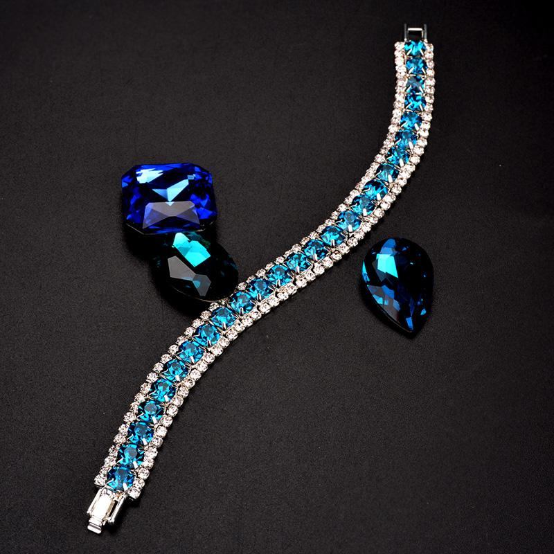 2018 Nuovo braccialetto di fascino di nozze le donne braccialetti di cristallo nuziale austriaco braccialetti regalo di gioielli di colore oro argento di modo