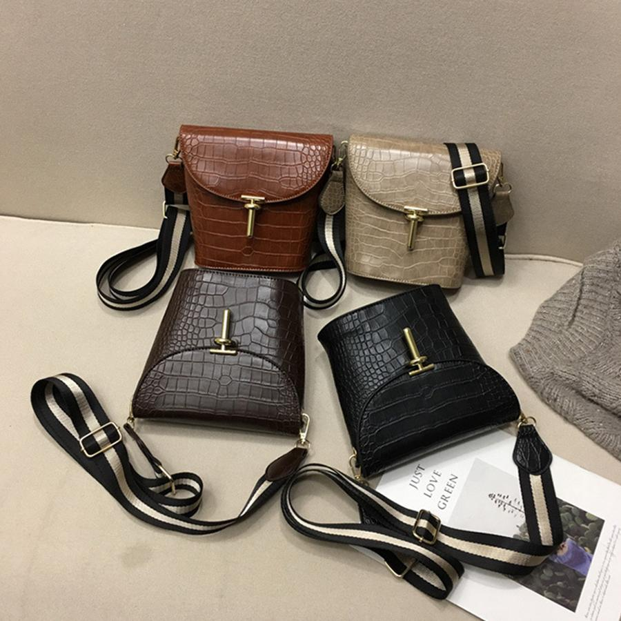 07534a027462 Casual Solid Alligator Crossbody Bags For Women Striped Width Belt  Messenger Bag Women Bucket Pu Leather Lock Handbags Woman New Bags For Men  Satchels From ...