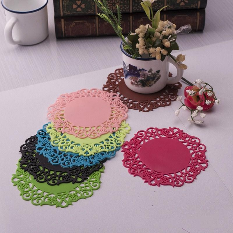 2Pcs/Lot Lace Flower Hollow Doilies Silicone Coaster Coffee Cup Mats Pad Placemat Kitchen Tools Non-slip Table