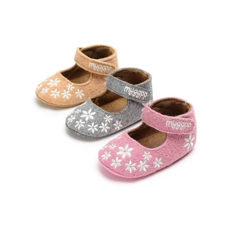 2c19b41a682b4 2019 2018 Toddler Newborn Baby Girl Shoes Floral Embroidery Princess ...