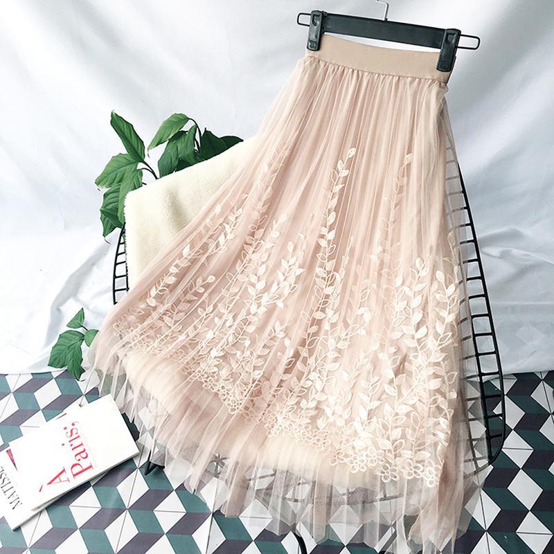 1f9040a01 Bordado floral una línea de tutú de encaje falda de malla de las mujeres  elegantes de tul largo falda plisada mujeres midi falda de verano venta ...