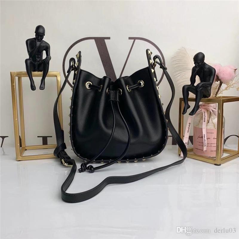 c094187f00 Luxury Brand Handbag Famous Designer Women Hand Bags Ladies Shoulder Bag  Bow Women Bag Black Beach Bags Women a Clutch Purses Purses Wholesale From  ...
