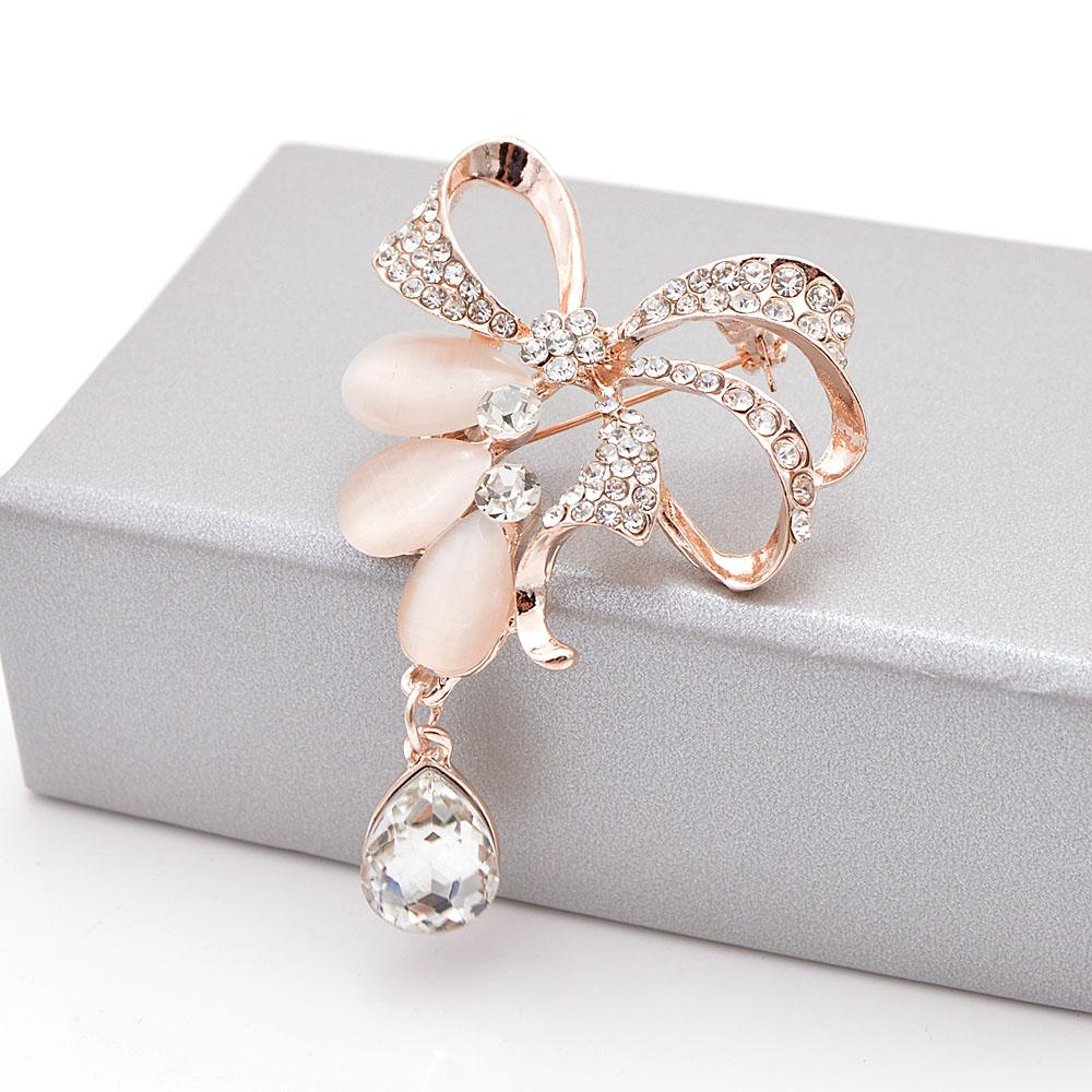 019b80b7087 2019 CINDY XIANG Rhinestone Bow Brooches For Women Cute Opal Brooch Pin  Elegant Fashion Jewelry Coat Accessories High Quality New From Tubecloth,  ...