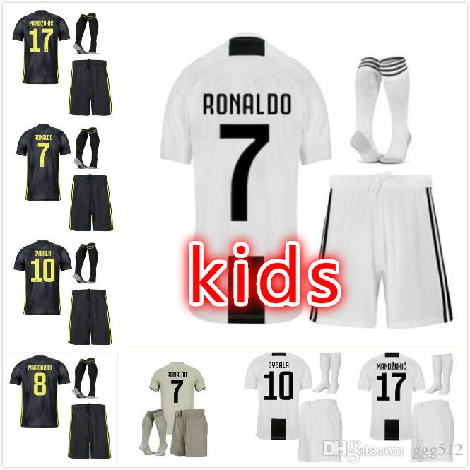 big sale 78985 c35d2 JUVentus RONALDO soccer Jersey kids home kits socks RONALDO 2019 juven  soccer jerseys shirts uniforms 18 19 HIGUAIN football shirt boy set