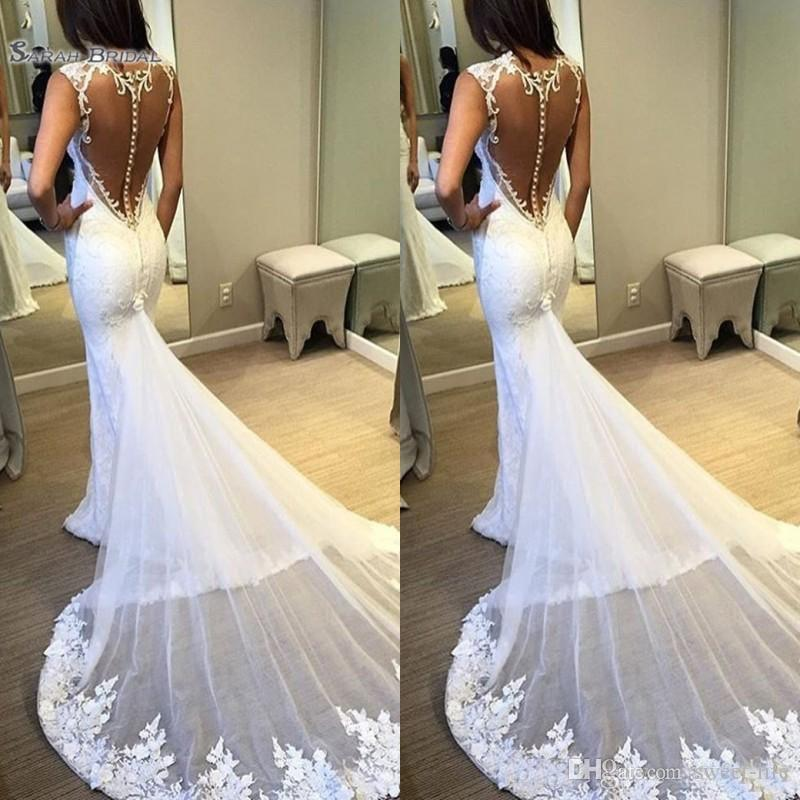 2019 Elegant Mermaid Wedding Dress Plunging Neck Sleeveless Lace Appliques Buttons Back Bridal Gowns