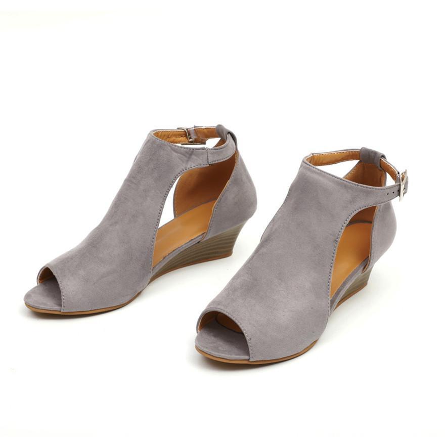 e50ee605c Compre Sapatos Femininos Plataforma Cunha Sandálias Tira No Tornozelo Peep  Toe Sapatos De Salto Alto Estilo Roma Casual Las Sandalias Venda Quente  MAIO 25 ...
