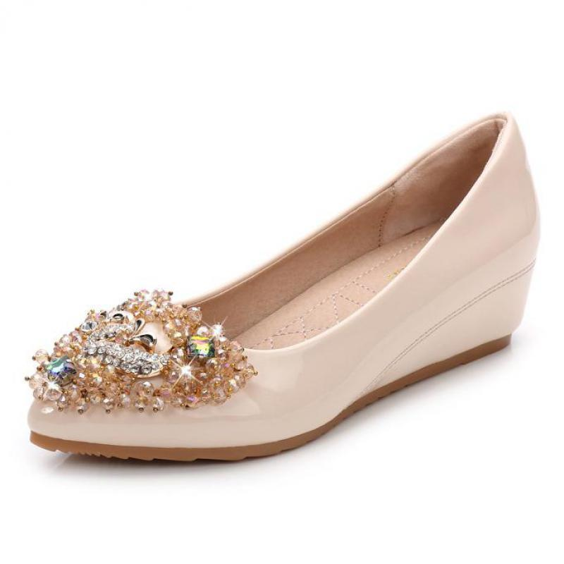 5a8c050b7f412 Women S Shoes Flat Loafers Patent Leather Crystal Rhinestone Wedding Party Shoes  Women Beaded Pointed Toe Slip On Office Flats Deck Shoes Mens Boat Shoes ...