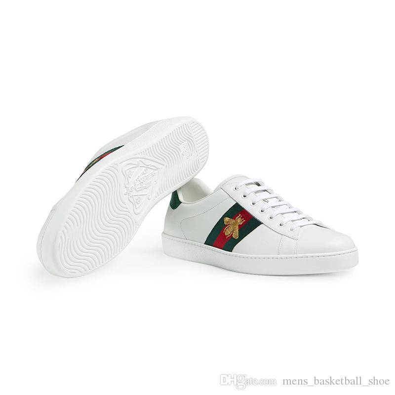 Acquista 2019 Scarpe Da Corsa Originali Scarpe Bianche Piccole Scarpe Da  Ginnastica Casual Donna Donna Uomo Luxury Brand Sneakers Sportive Ricamo  Bee Cock ... 5131cdc2e0e