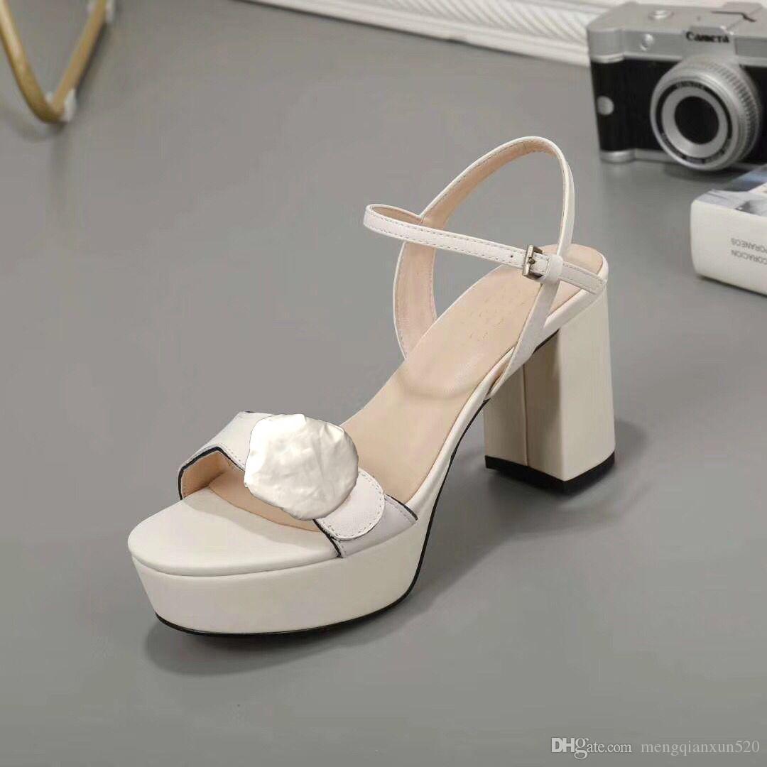 Klassische hochhackige Sandalen 100% Leder grob Absatz Frau Schuhe Metallschnalle Parties 8cm High Heels Gürtelschnalle Sexy Dame Sandalen 34-41-42