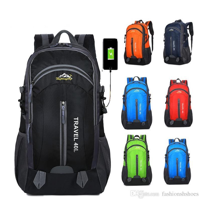 81a5fc8056 Acquista Zaino Da Trekking Impermeabile Da Uomo 40L Zaino Da Uomo Zaino  Sportivo Con Carica USB Zaino Donna 2018 Zaino Da Viaggio Borse Da Viaggio  ...
