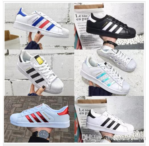 new style 28c75 0fe1e 2019 Superstar Original Black White Hologram Iridescent Junior Gold  Superstars Sneakers Originals Super Star Women Men Sport Running Shoes Blue Shoes  Clogs ...