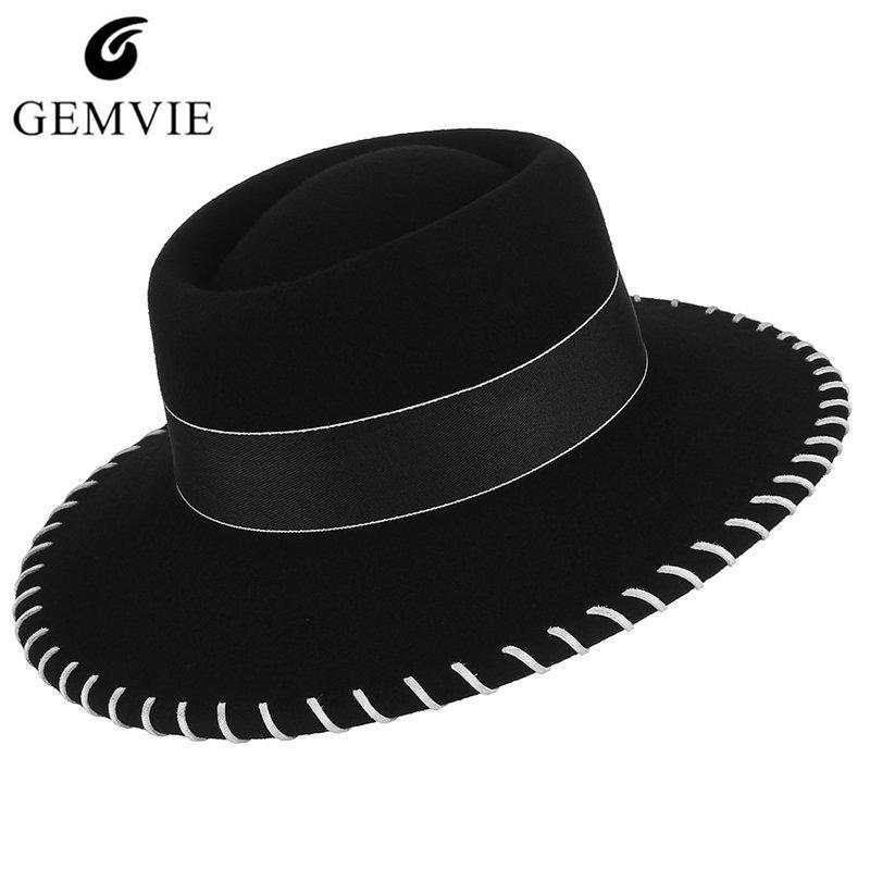 a963ab7c9f422 Compre Estilo De Europa Sombreros De Mujer Sombreros De Fieltro De Lana Moda  Elegante Dama De Lana Sombrero Suave Exterior Grande Ala Plana Sombrero  Para El ...