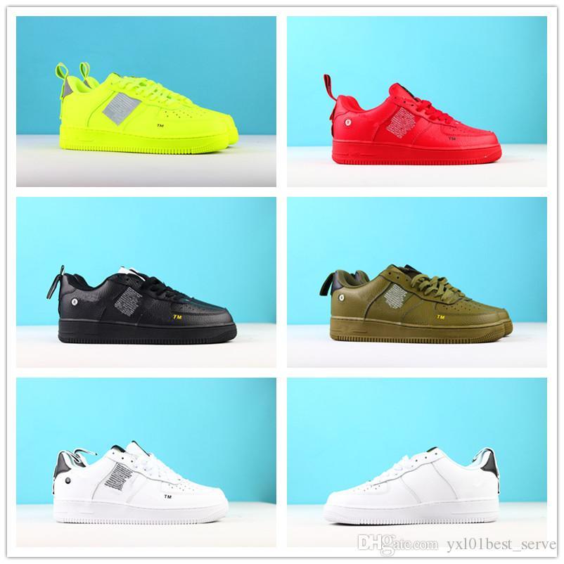 separation shoes 03c15 bb739 Acheter 2018 Chaude 1 07 LV8 Utilitaire GS Faible En Cuir Doux Chaussures  Décontractées Hommes Femmes Noir Rouge Vert Citron Chaussures Mode  Chaussures De ...