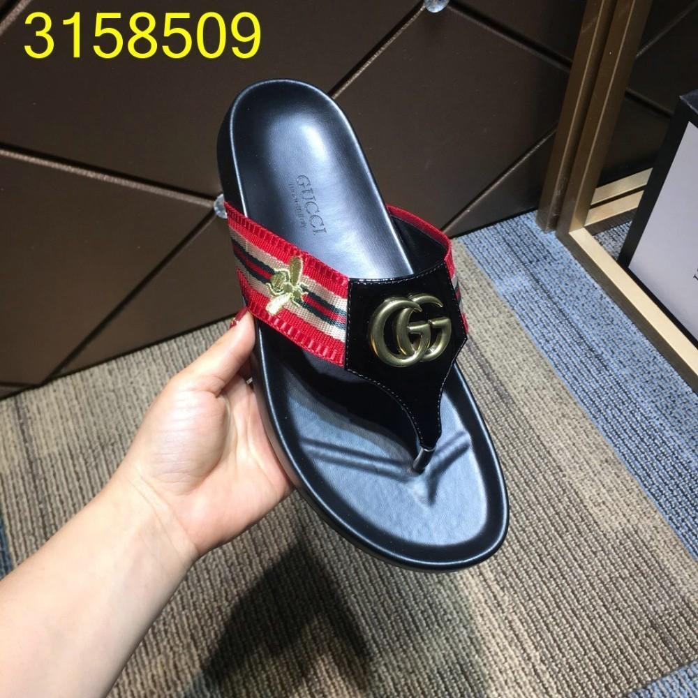 Men's fashion Slippers Outdoor Causal Flip Flops Comfortable And Exquisite summer Shoes with box