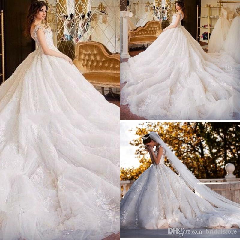 0d03fdcd1 Incrível vestido de baile Árabe vestidos de noiva catedral trem sheer  voltar inchado Cristal Diamante pedras bling boa qualidade Vestidos de  Casamento Do ...