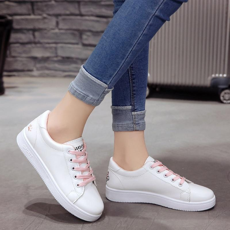 WENYUJH Casual Femme Sneakers Plateforme Sportive Chaussures Blanches À Lacets 2019 Eté Nouveau Chat Griffe Broderie Appartements Chaussures Blanches