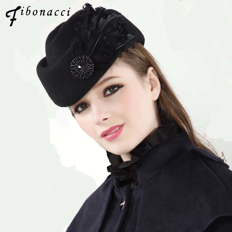 Compre Moda Vintage Lana Fieltro Mujeres Boina Plumas Azafata Pequeños  Sombreros Fedora D19011103 A  28.91 Del Yizhan02  0170984470b