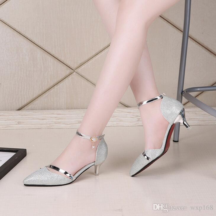23a3b6f36 Compre Sapatos Sensuais Mulher Sapatos De Salto Alto Sapatos De Casamento  De Prata De Ouro Birde Strass Mulheres Sapatos Sandálias De Verão Senhoras  De ...
