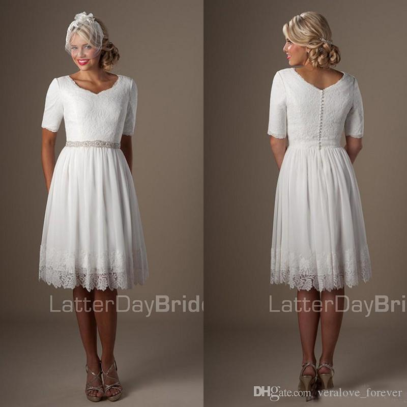 dcea37564ba5a Short Informal Wedding Dresses With Half Sleeves 2019 Knee Length Vintage  Lace country beach Reception casul wedding Dresses