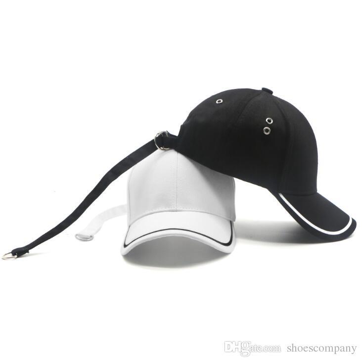 Compre 2019 Moda Fita Em Branco Casquette Designer Chapéus Boné De Beisebol  Dos Homens Gorra Chapéu Das Mulheres Bonés De Beisebol Gorras Basquete  Chapéus ... e13dd7d0f9c