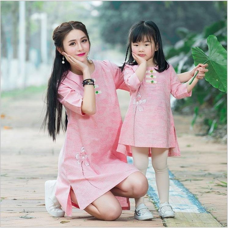 32df20edc787d 2019 matching mother daughter clothes costume mom daughter dress pink  Chinese style anne kiz mere fille