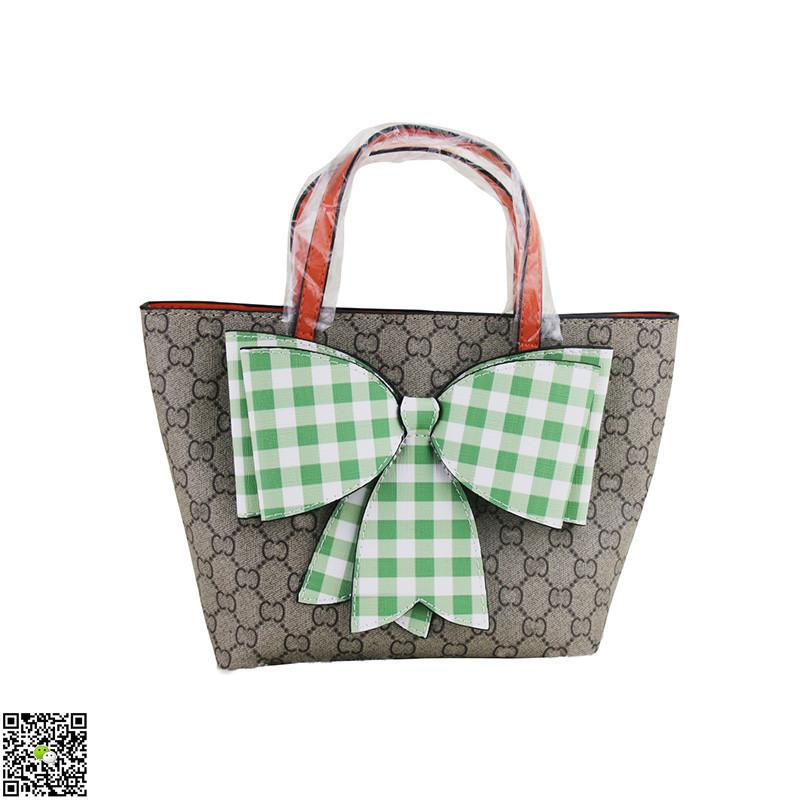 b6934db92fcb 2019 CUCCI New Designer Handbag Girl Chain Shoulder Fashion Bag Casual Bow  Decoration Mini Backpack NG Bags For Childrens Tween Purses From Zhenpai3