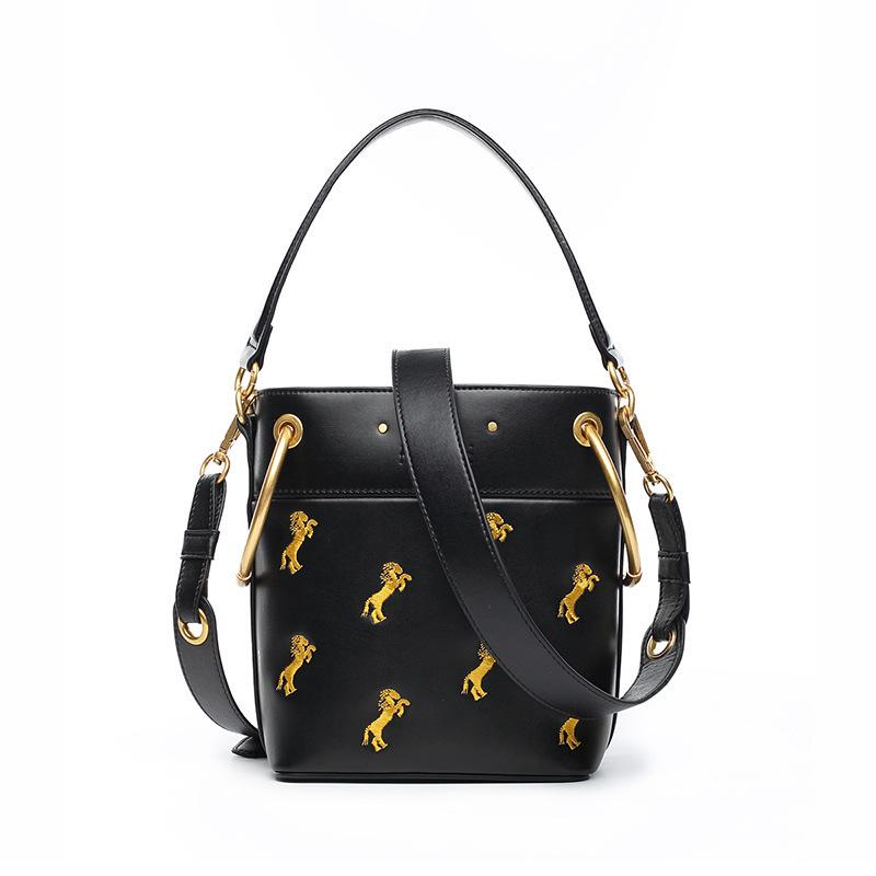 Belle2019 Embroidery Pony Bucket Genuine Leather Woman All-match Cable Satchel Package