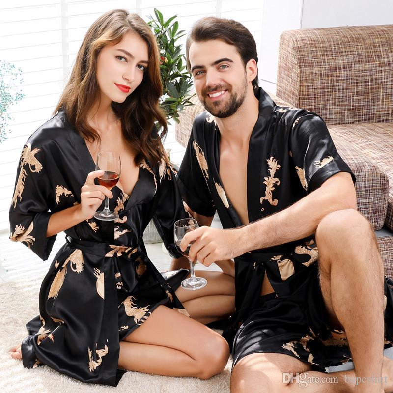 Couple Silk Robe Chinese Style Men and Women Pajamas Spring and Summer Short Sleeve Spinning Silk Bathrobe Shorts Robe Two-piece