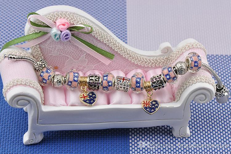 Avec Logo De Luxe Charme Bracelets Femmes Argent Plaqué Fit Pandora Bracelets UK Drapeau USA Perles De Cristal Coeur Pendentif En Or Alliage Bijoux P28