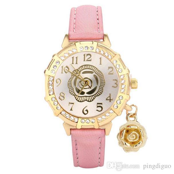 2a1302cf5799 Compre Marca De Lujo Nuevos Relojes Mujeres Rosas Rhinestone Moda Para Mujer  De Cuarzo Reloj De Pulsera Reloj Femenino Montre Femme Relogio Femi A  6.1  Del ...