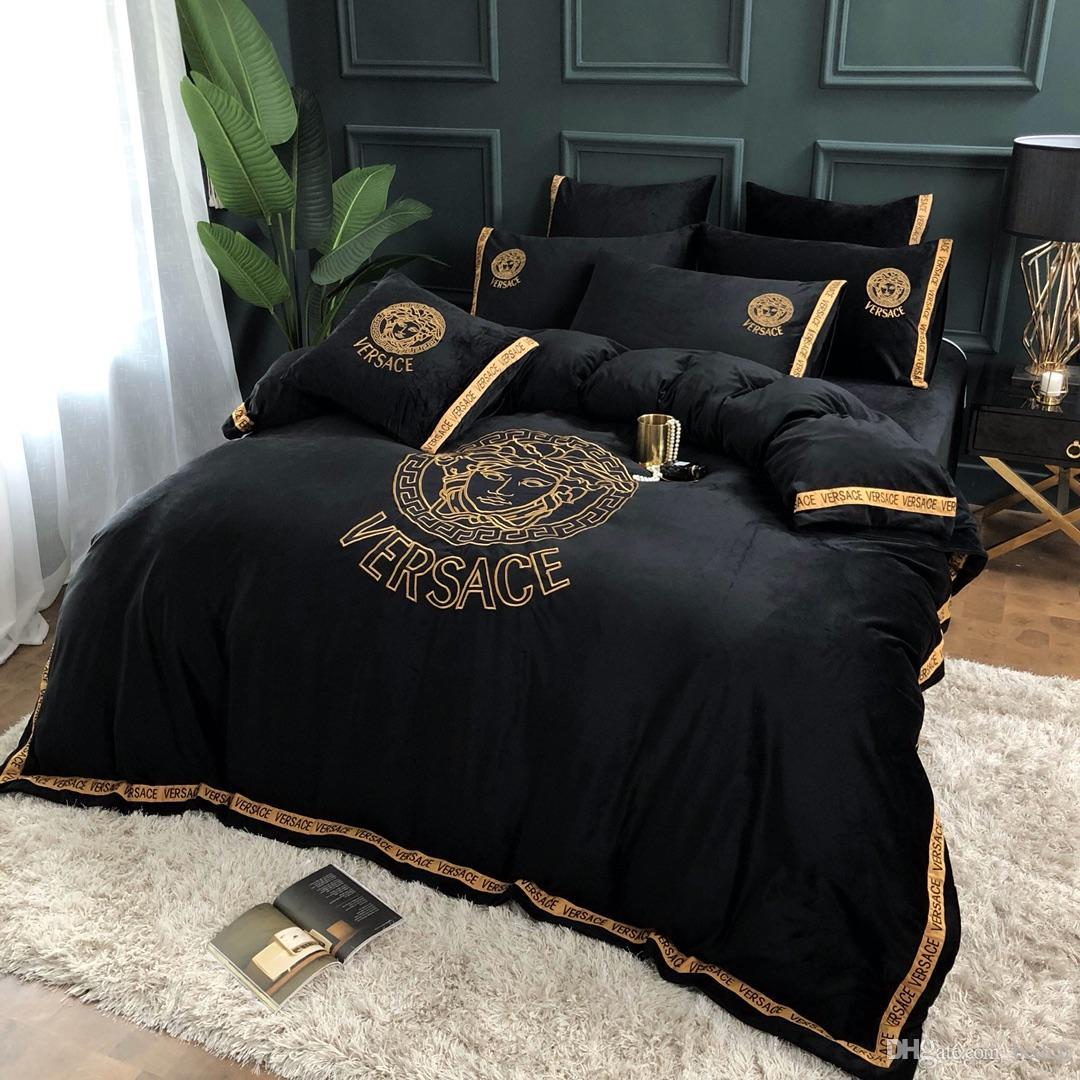 Black Wholesale- NEW Coming Bedding Set 4 Pieces Special Pattern Style Reactive Printing Duvet Cover Pillowcase Bedsheet Home Decoration
